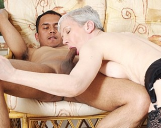 Horny mature slut fucking a younger guy