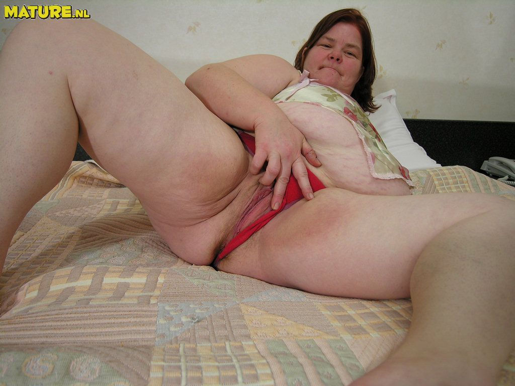Fat old slut pics