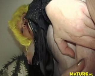 deep chubby mature cunt cucumber penetration