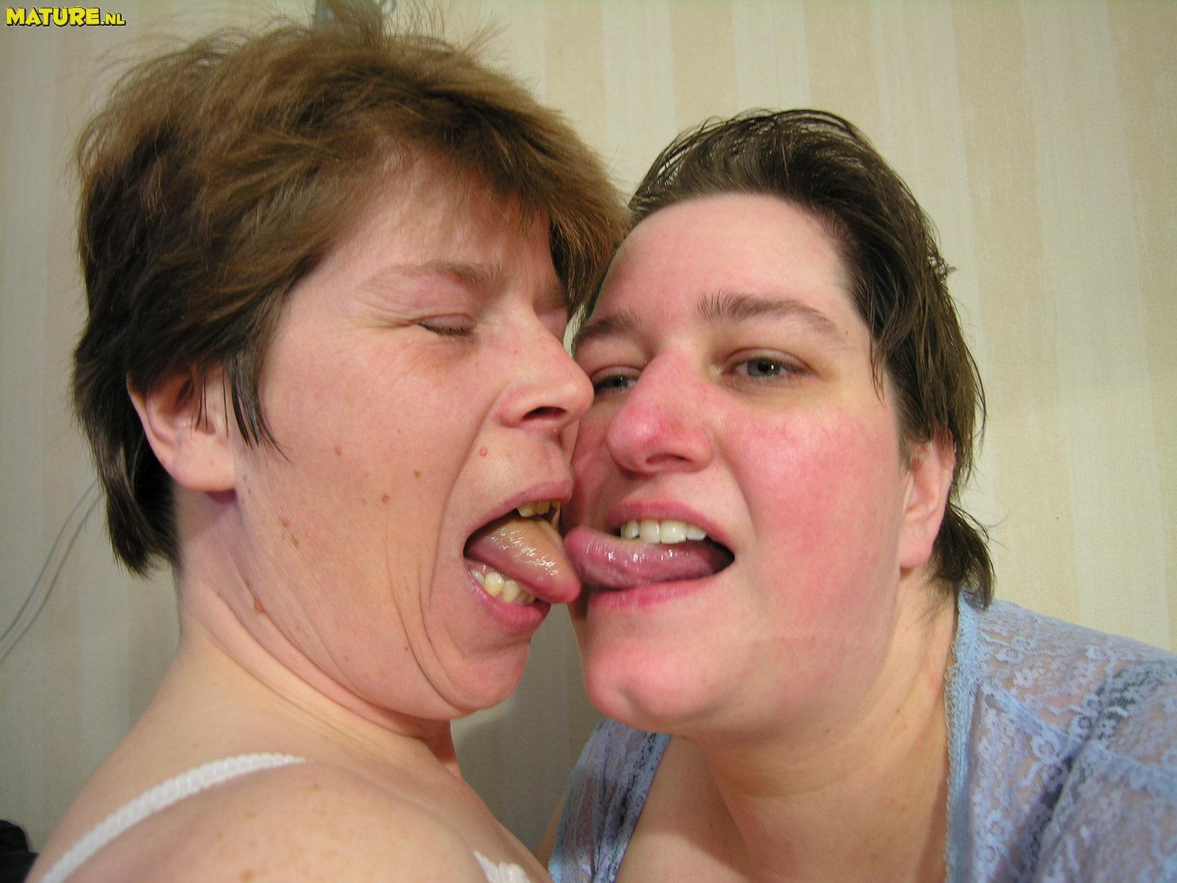 strashnie-lesbiyanki