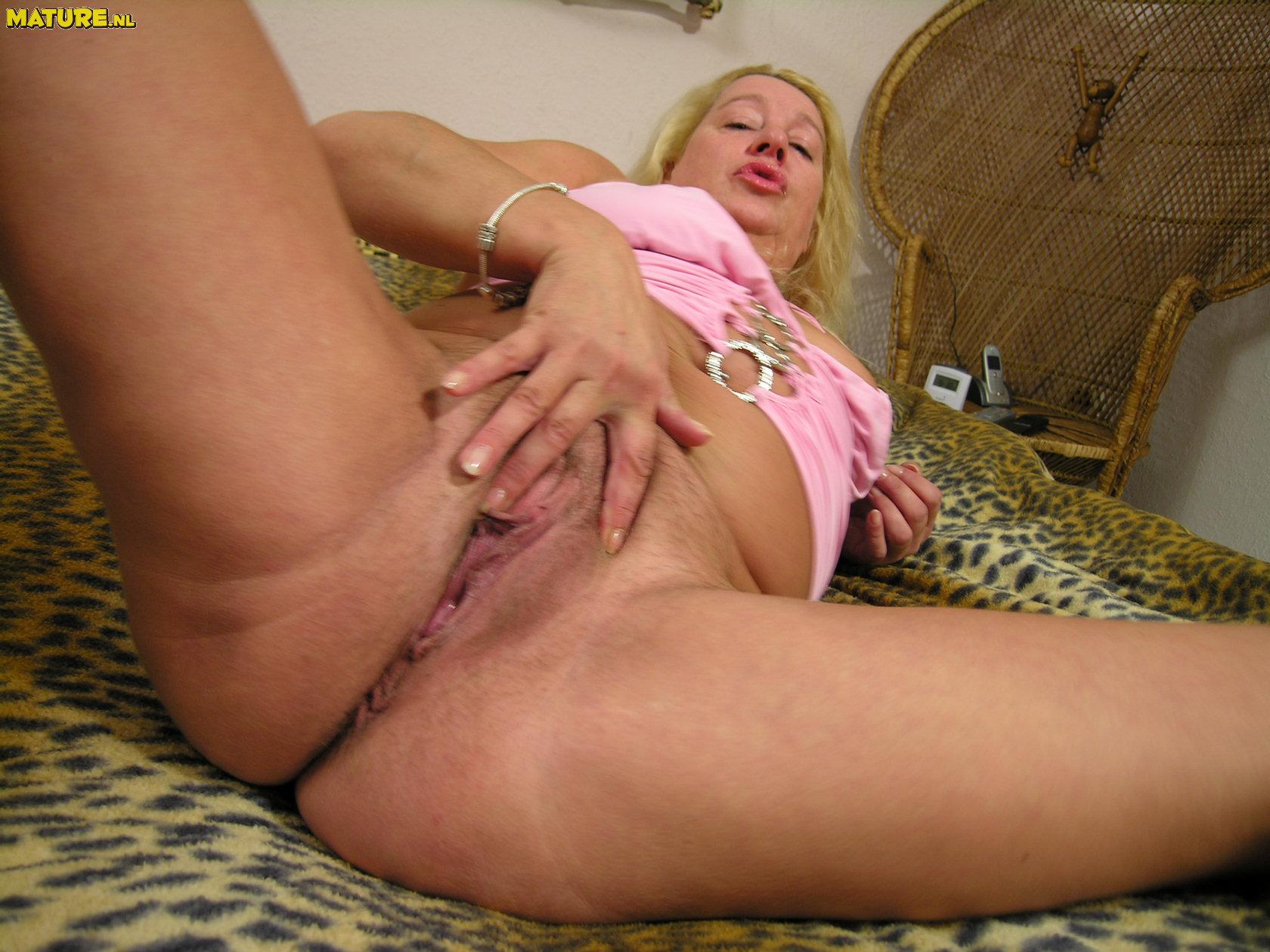 Horny slut fat bbw ex gf fucking her boyfriend039s best friend 6