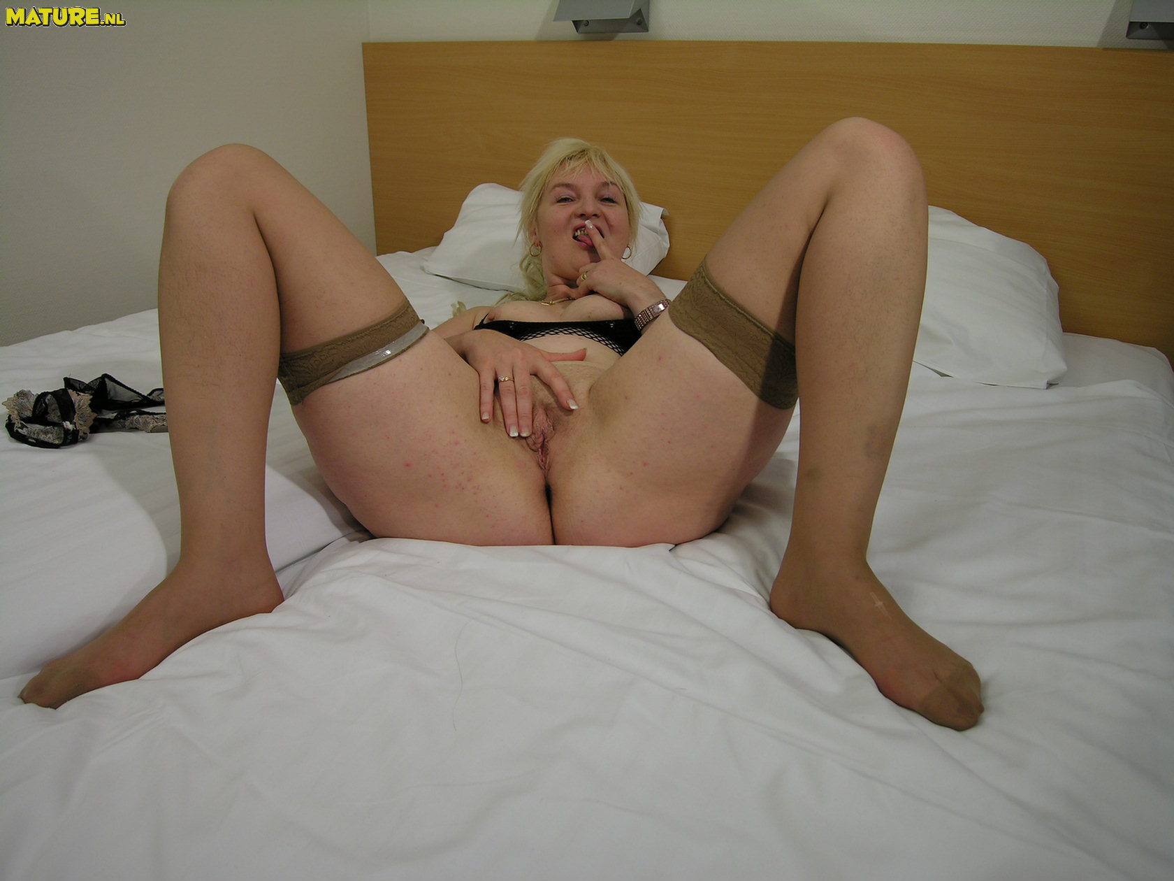 Blond whore gts cunts fucked 1