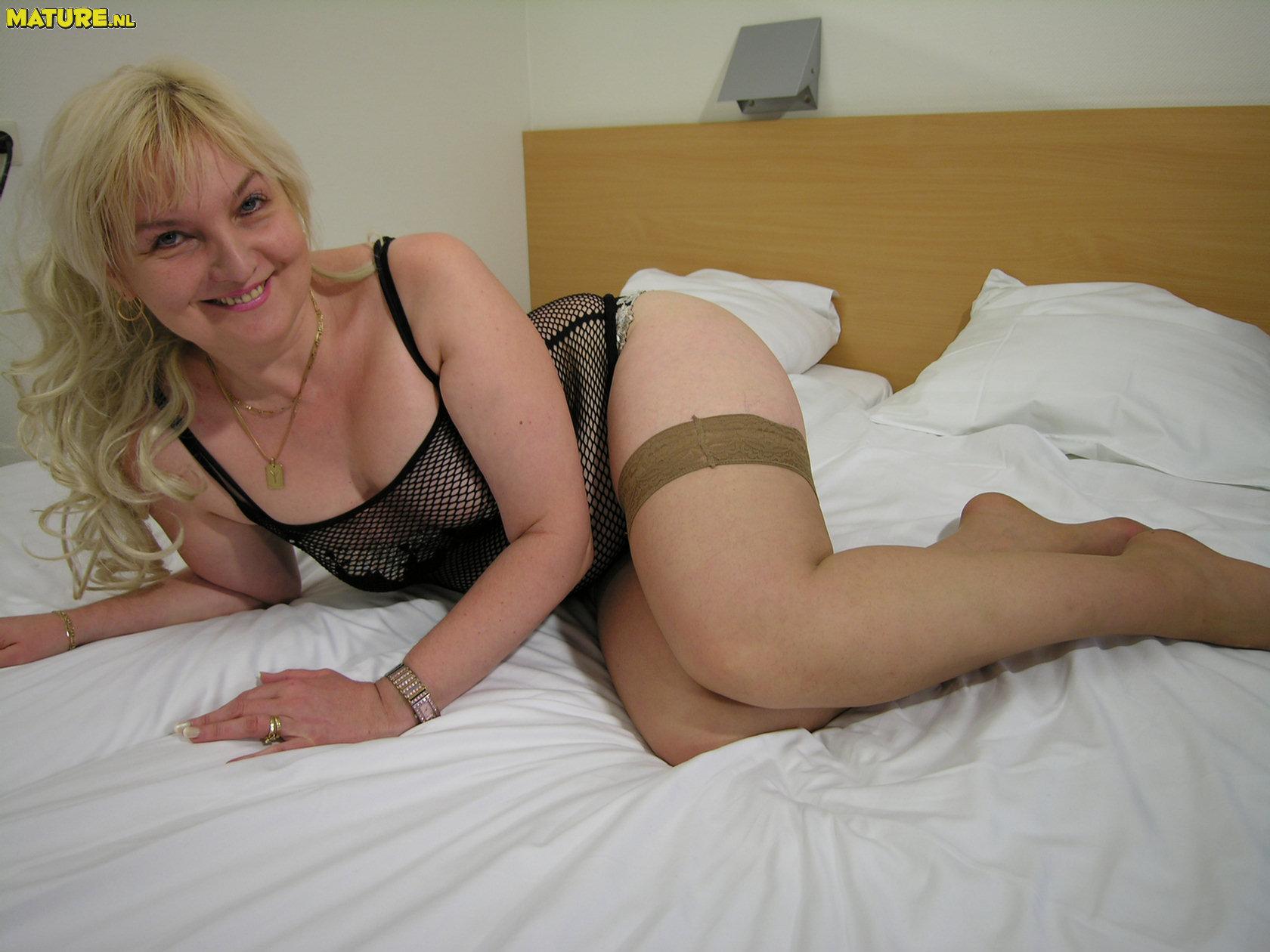 Mature Fanny Porn Photos 48