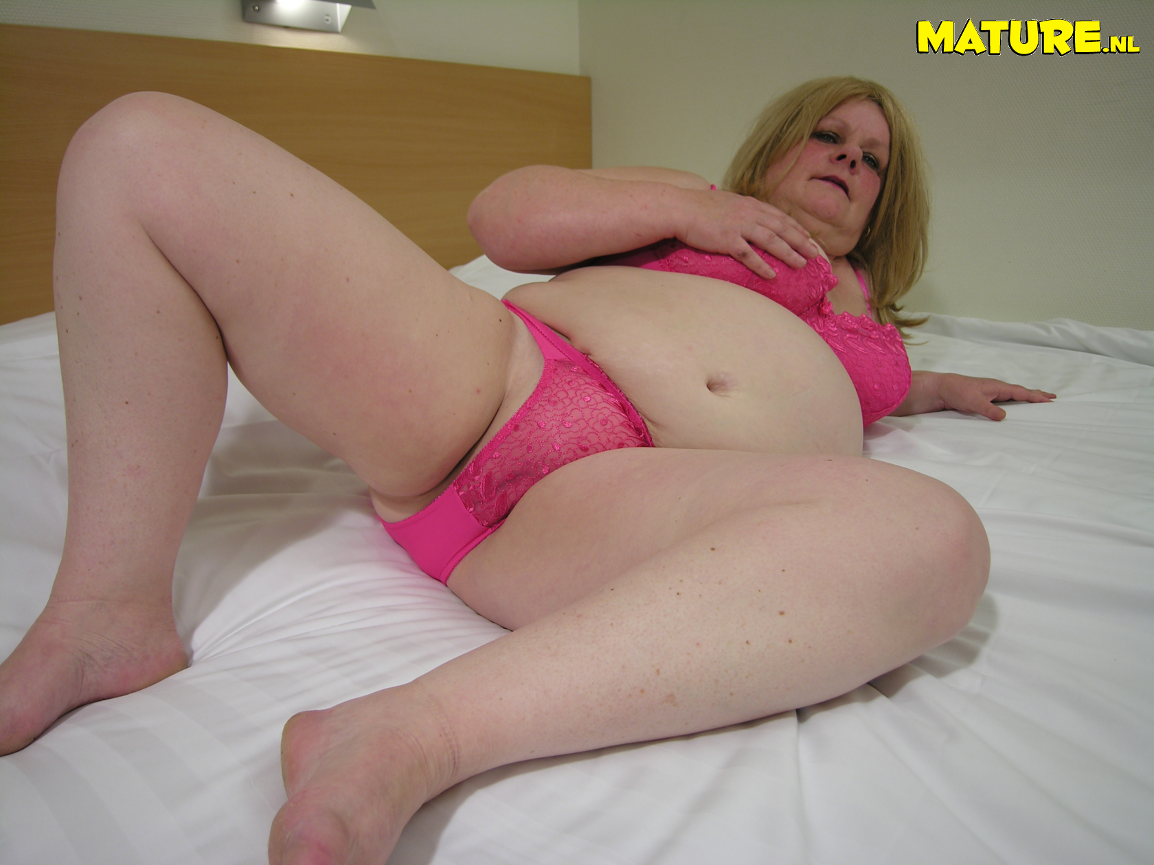 Chubby mature first anal