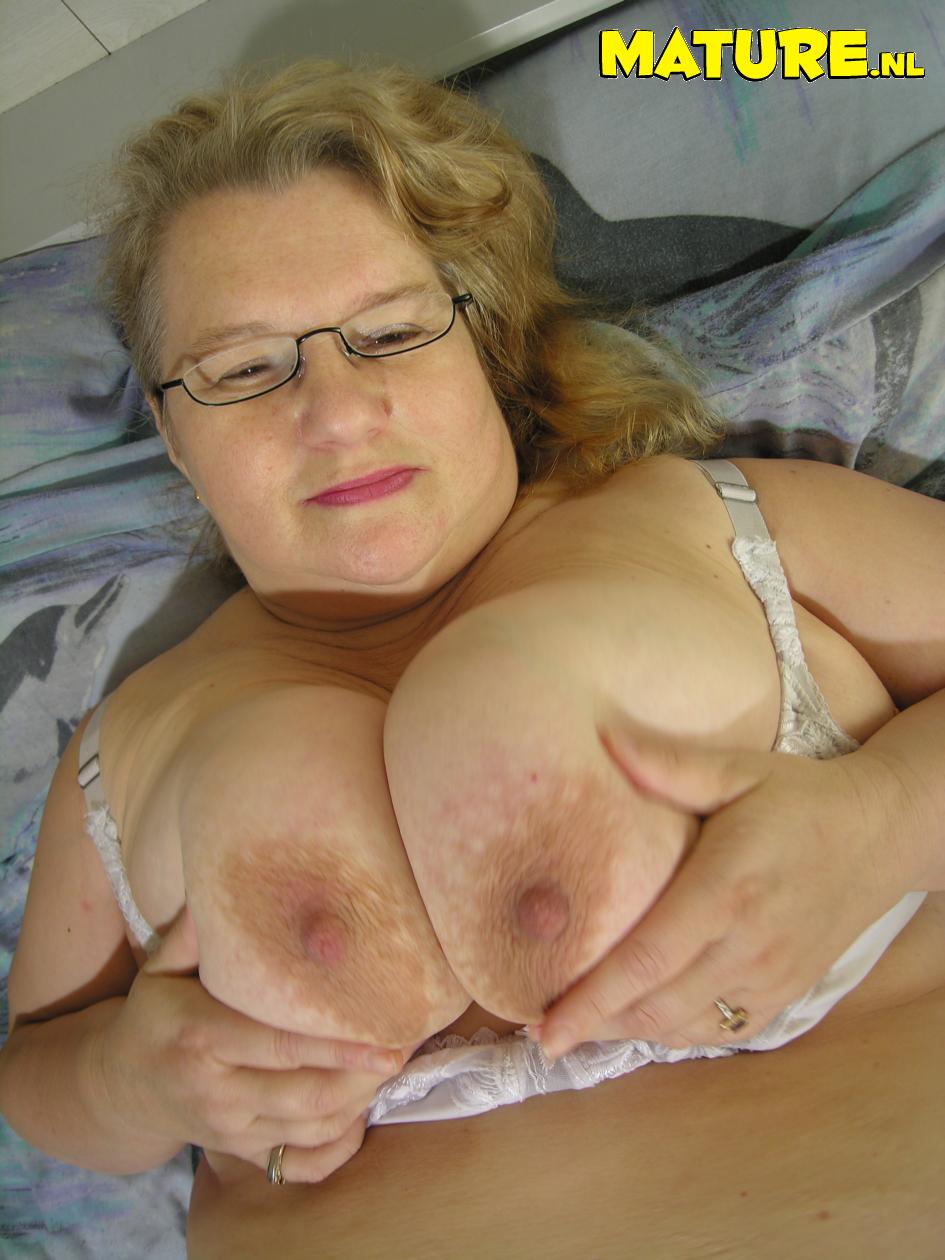 Старые толстые баббки ебуьться 13 фотография