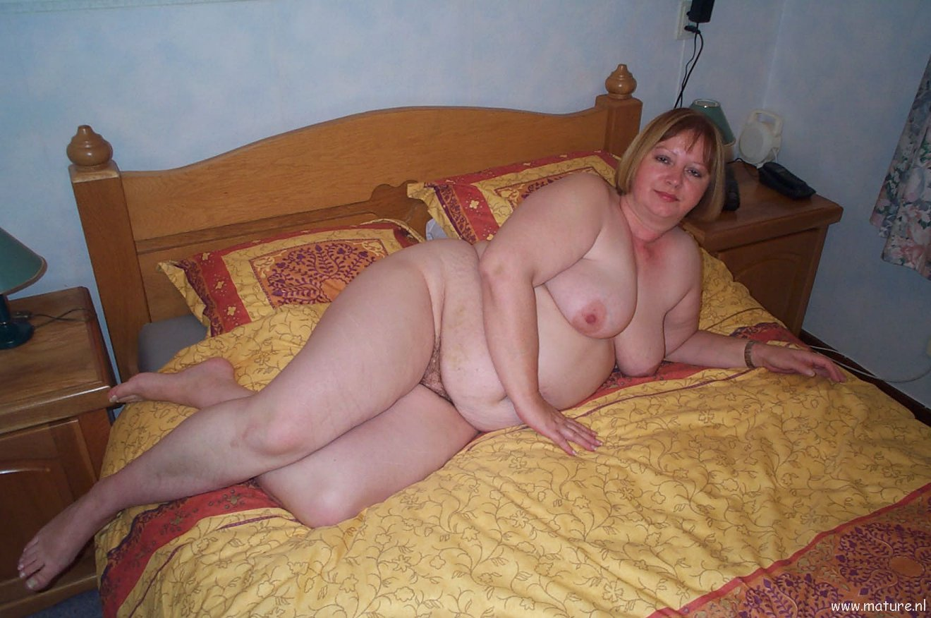 Amateur and milf