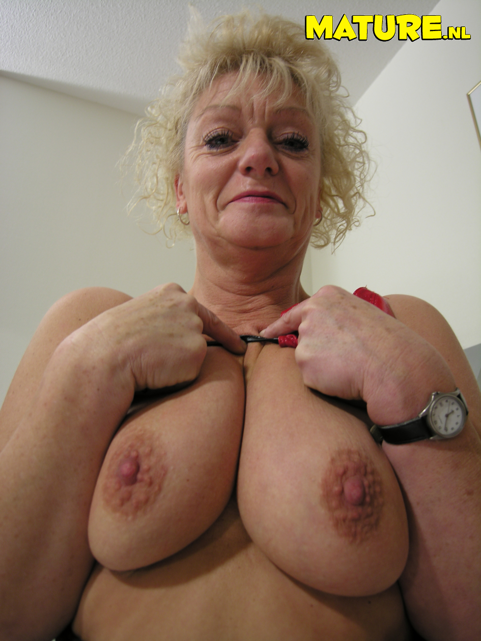 granny got some big pussy lips from Mature NL