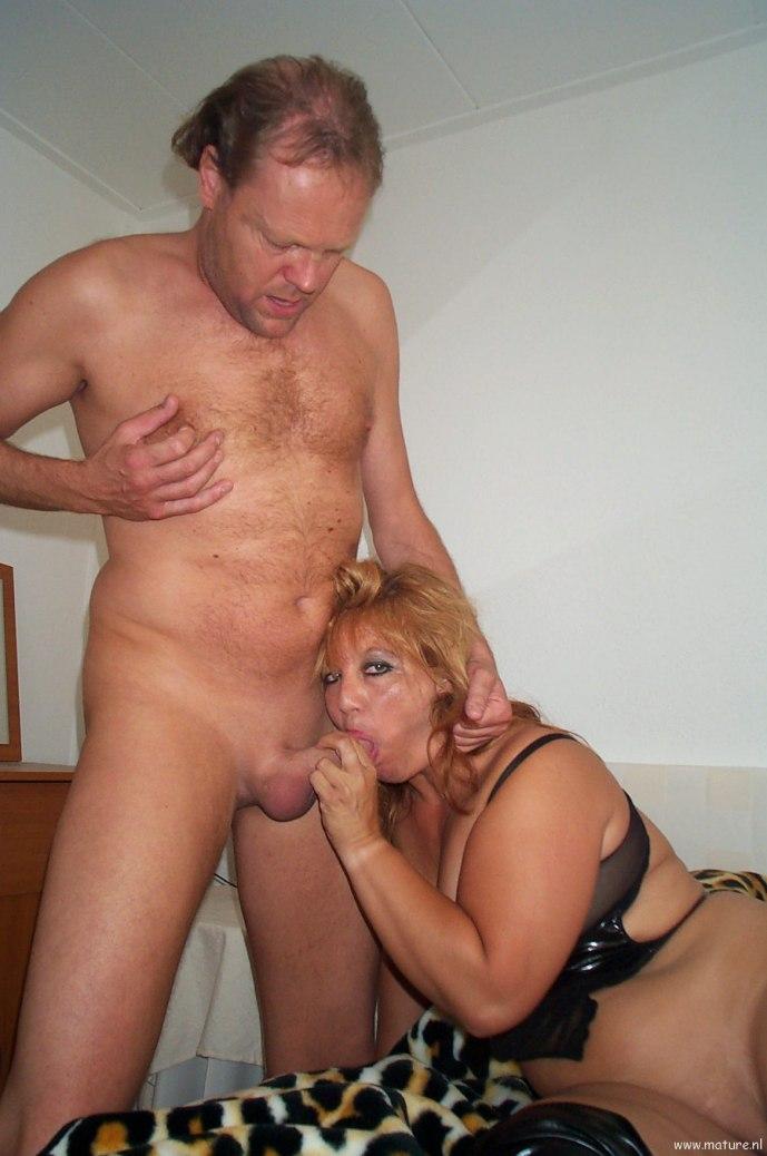 Порно фото в возрасте полные