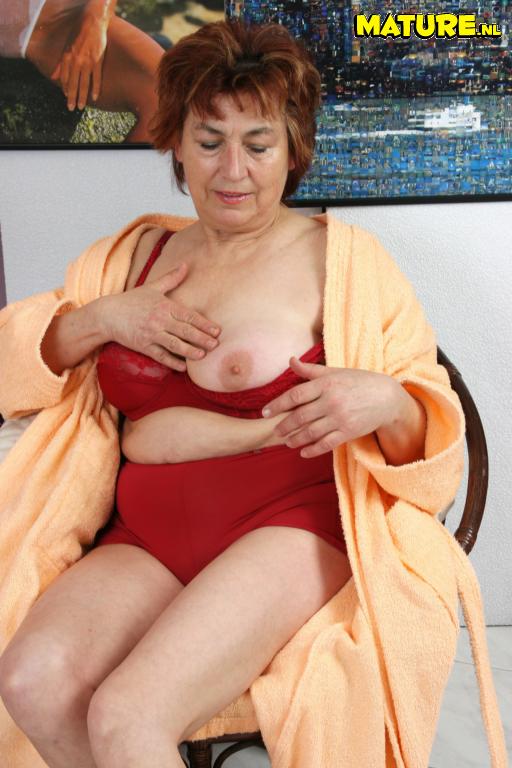Granny likes dick