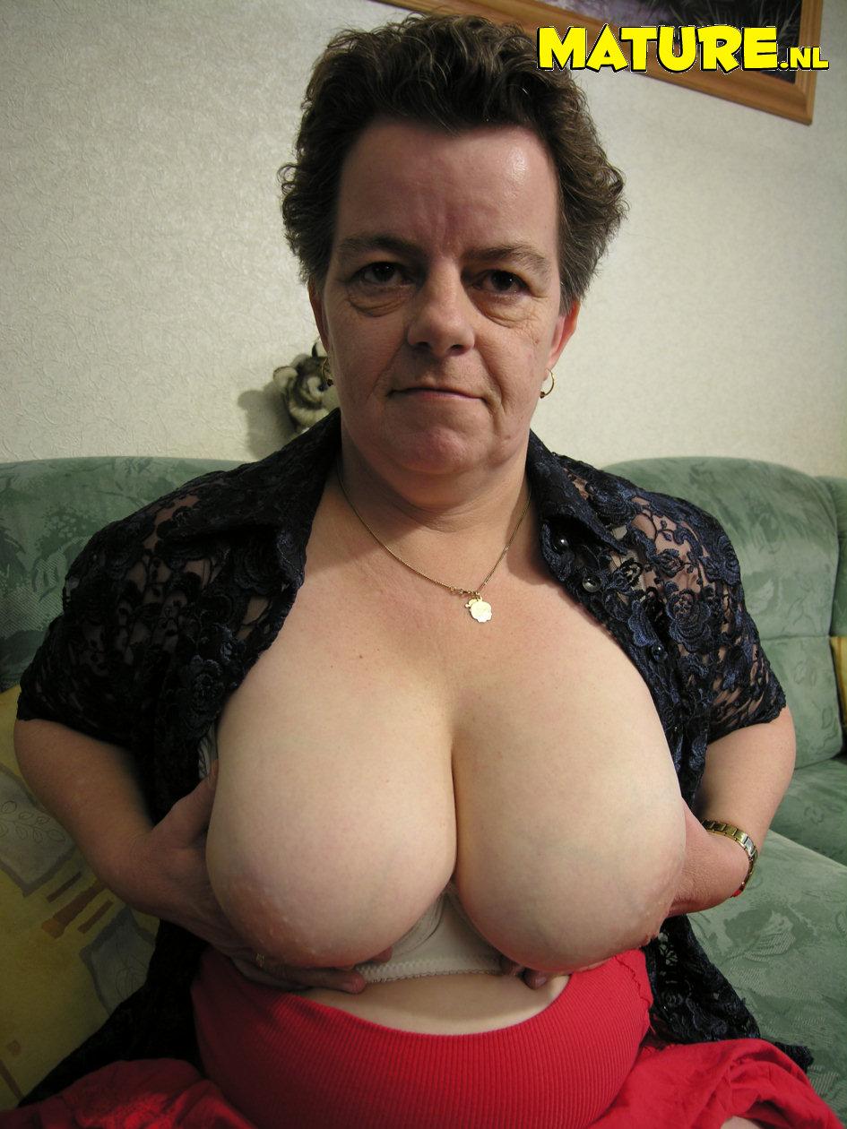 С большой грудью старые 27 фотография