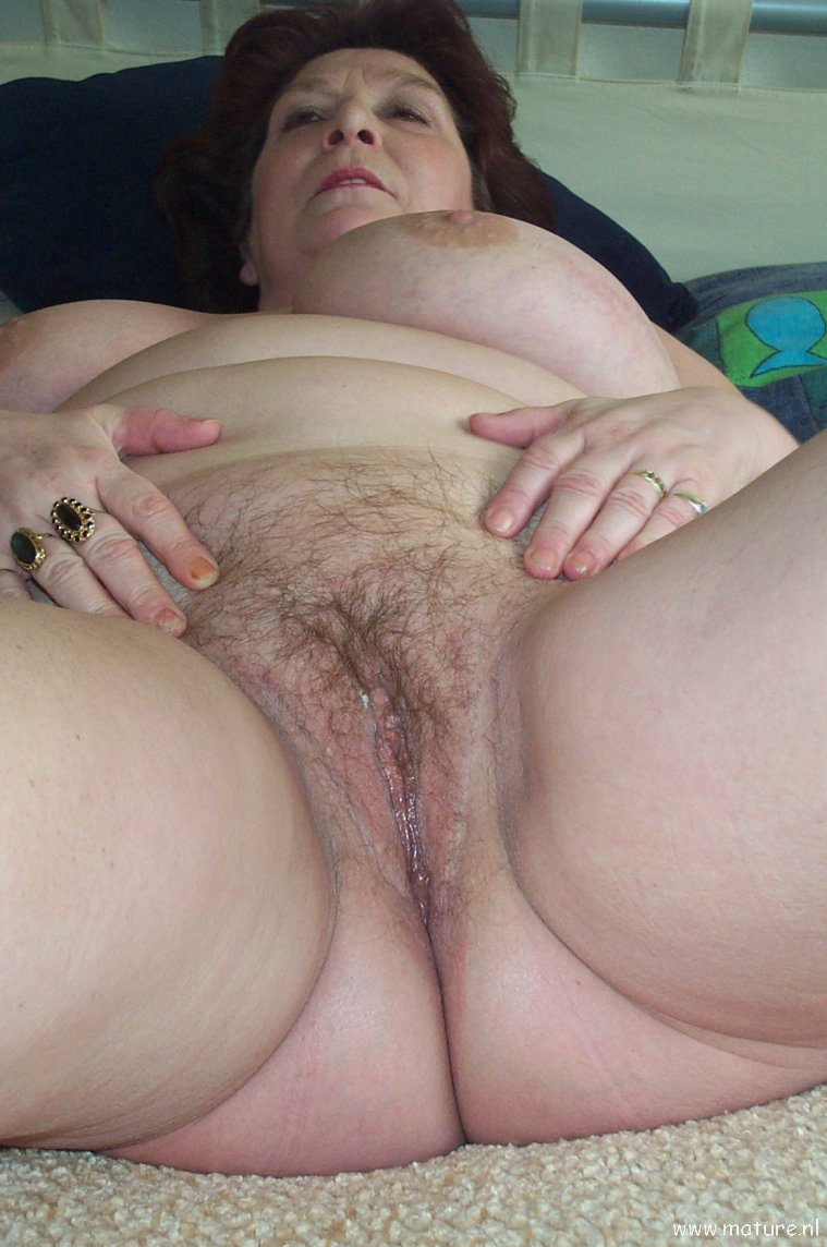 photo Amateur pussy Old woman