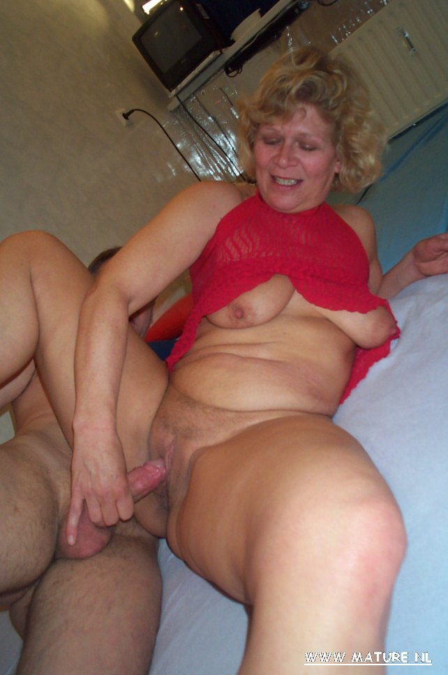 Mature Blond And Ass Fuck 42