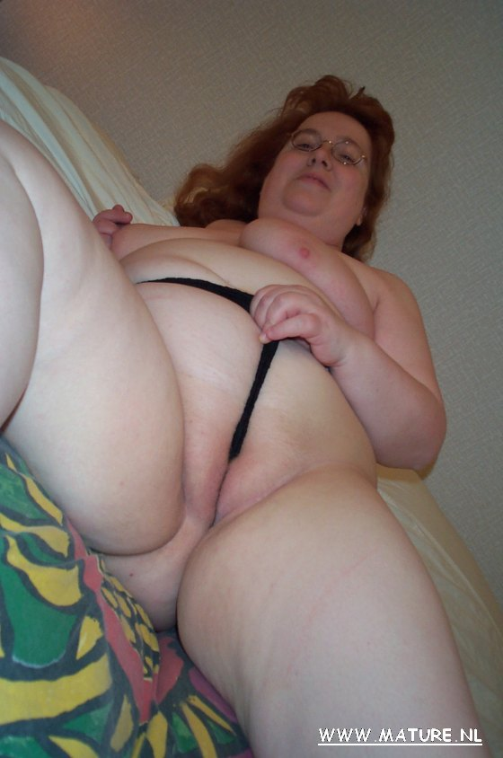 Mature kinky women thumbs