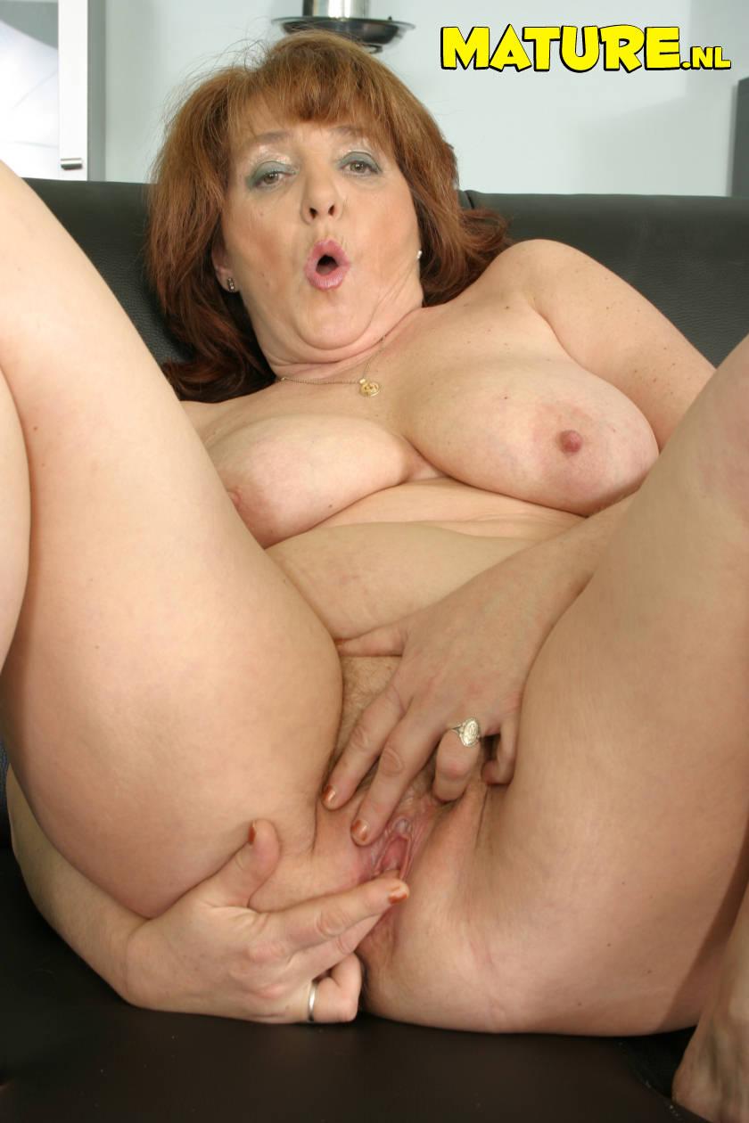 Секс с грудастой тещей 9 фотография