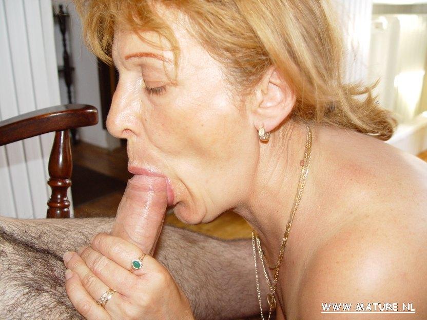 Порно бабушик дают в рот 5 фотография