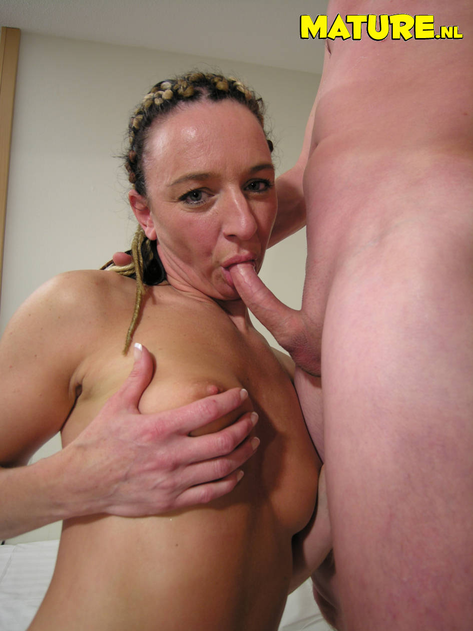 Amateur milf bitch galleries