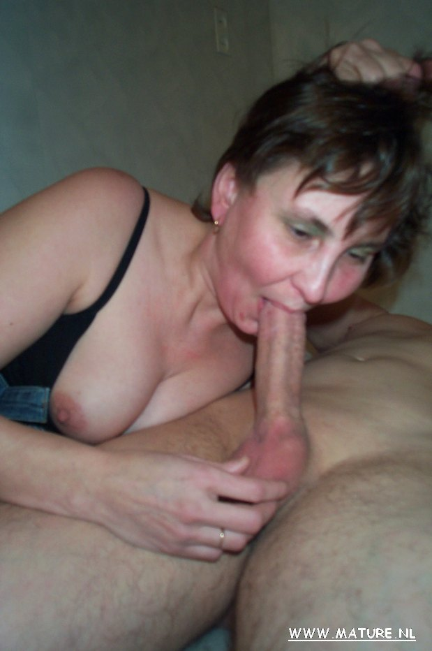 Wife needs strange hung cock