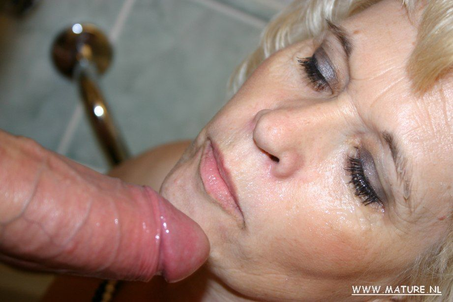 Slut wife blow job