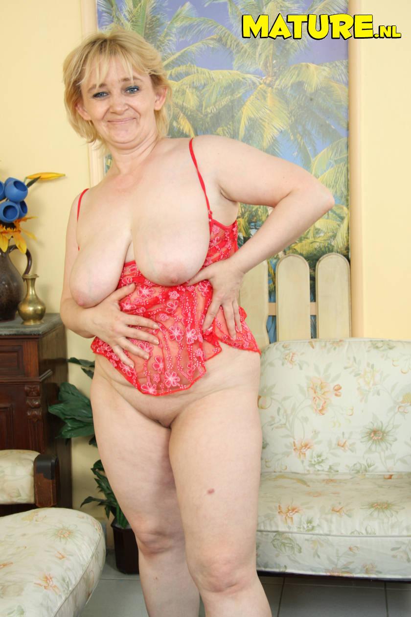 mini skirt nude tumblr