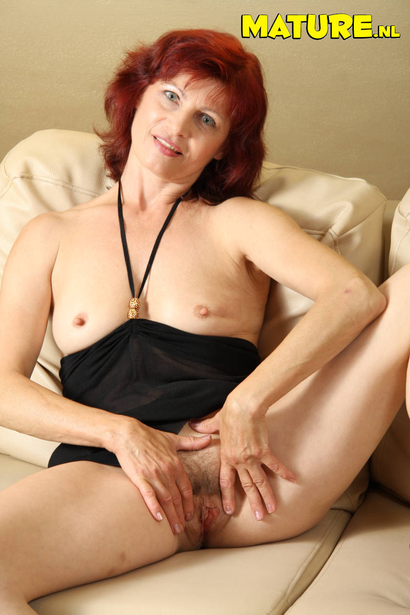 Free nude redheads seeking older men for sex
