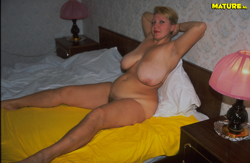 Big tit wife galleries