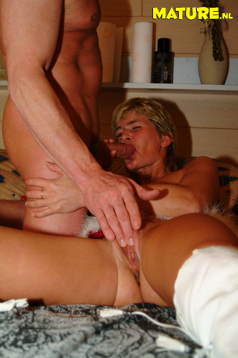 Free mature housewife porn movie streaming