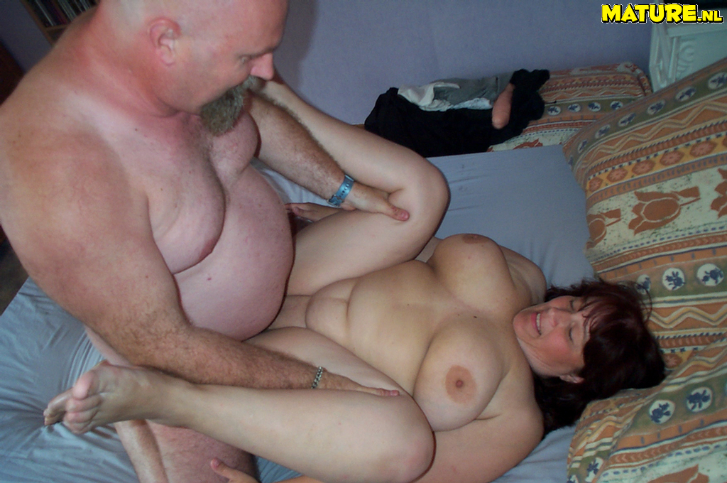 Mature married couple fucks very well 1