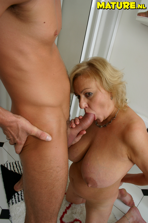 Huge mature fuck