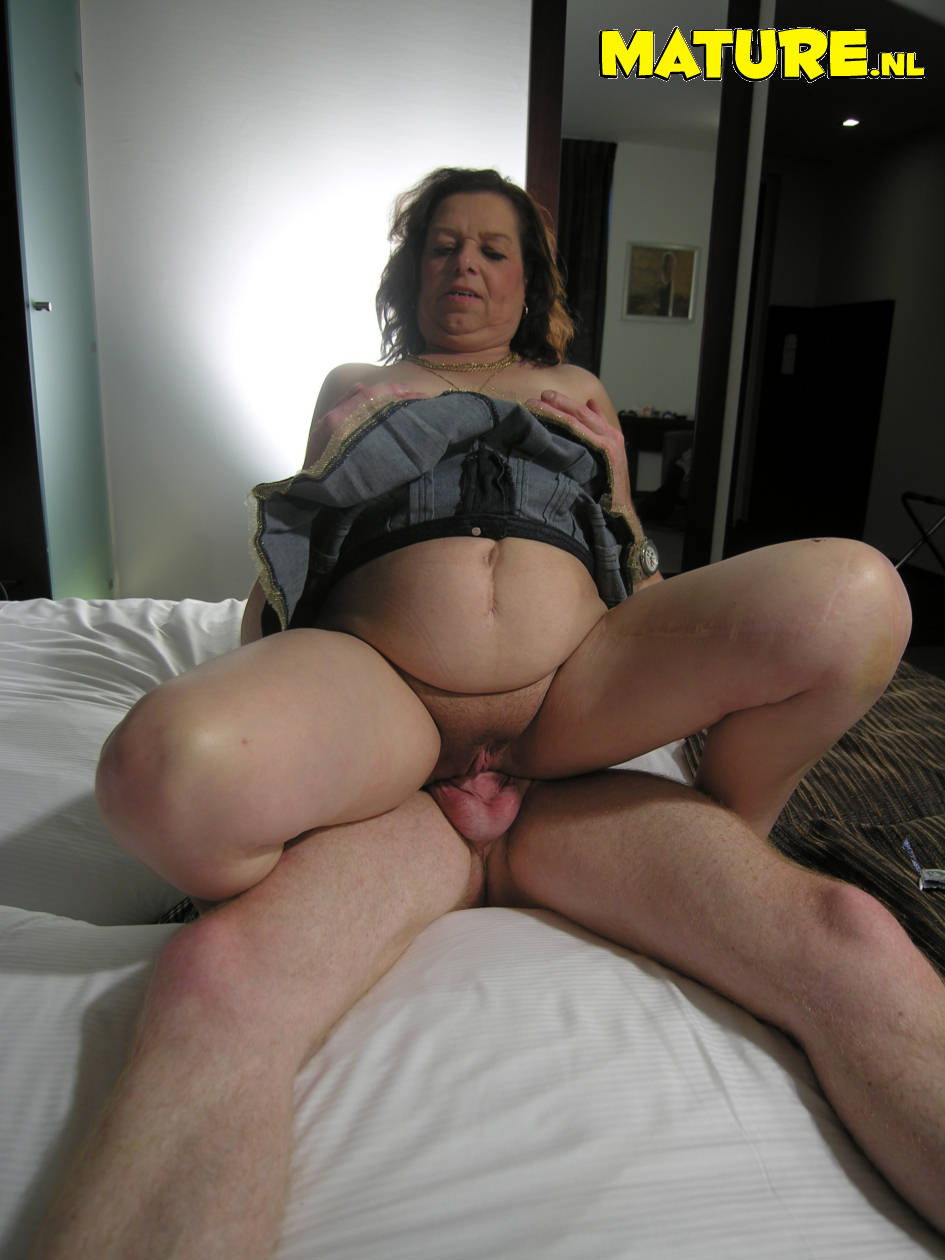 image Skanky mature slut fucked hard in all of her holes