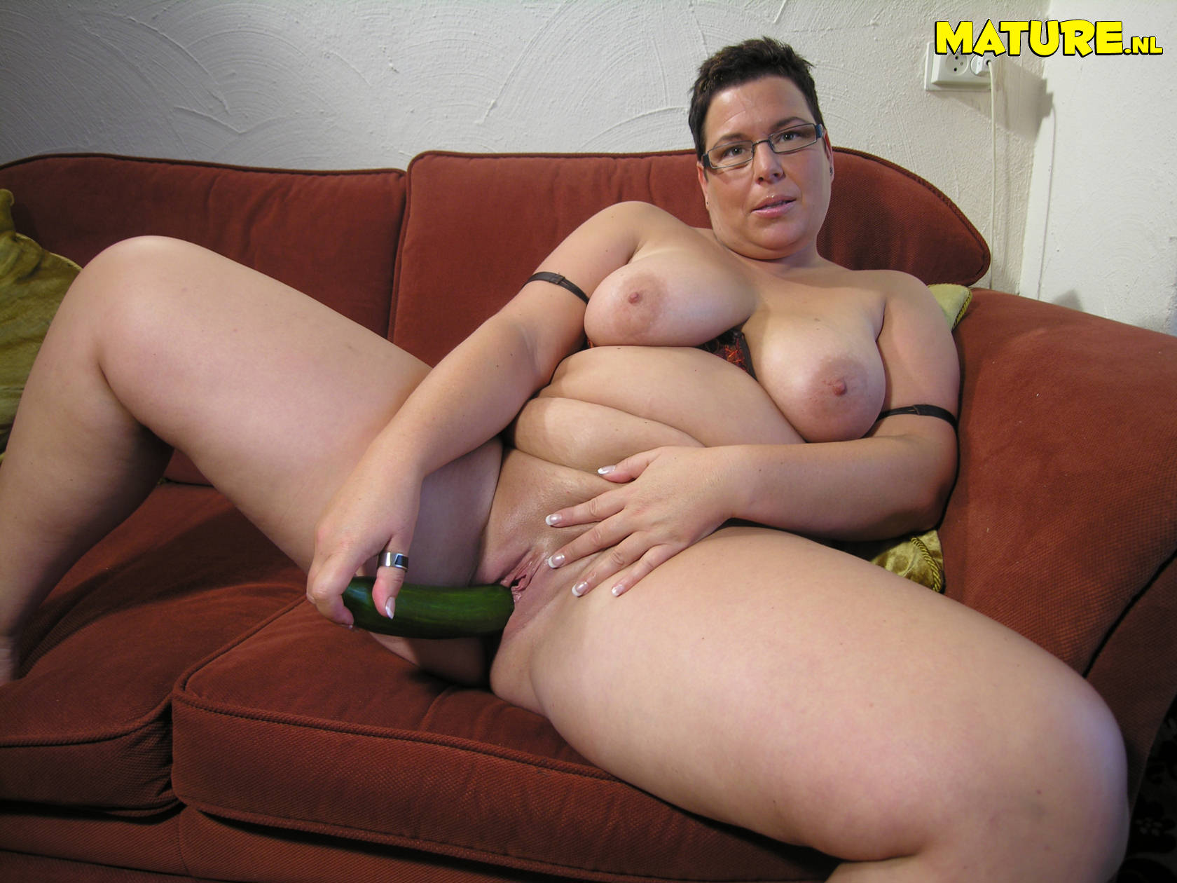 Naked mature women playing
