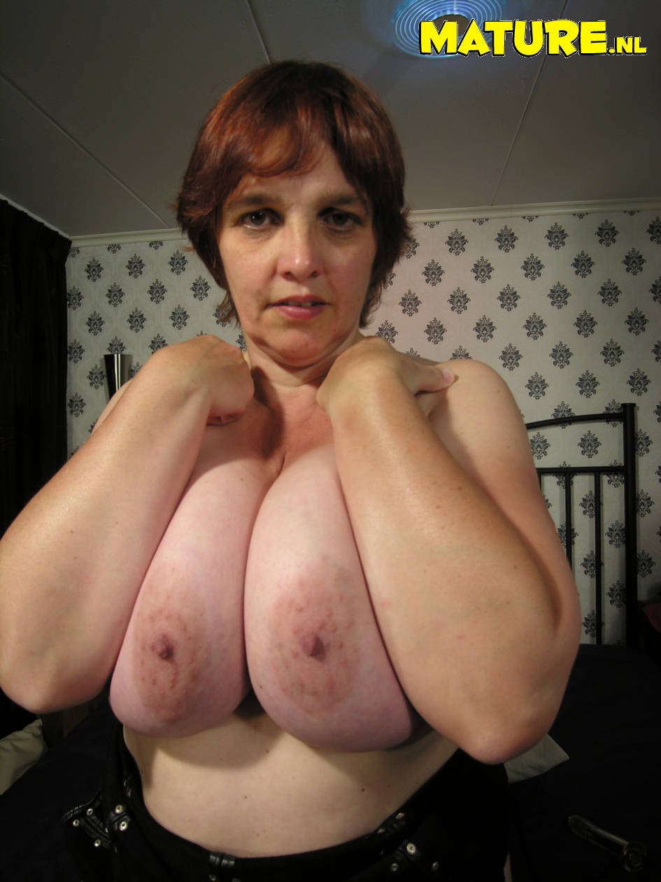 Natural busty old grans