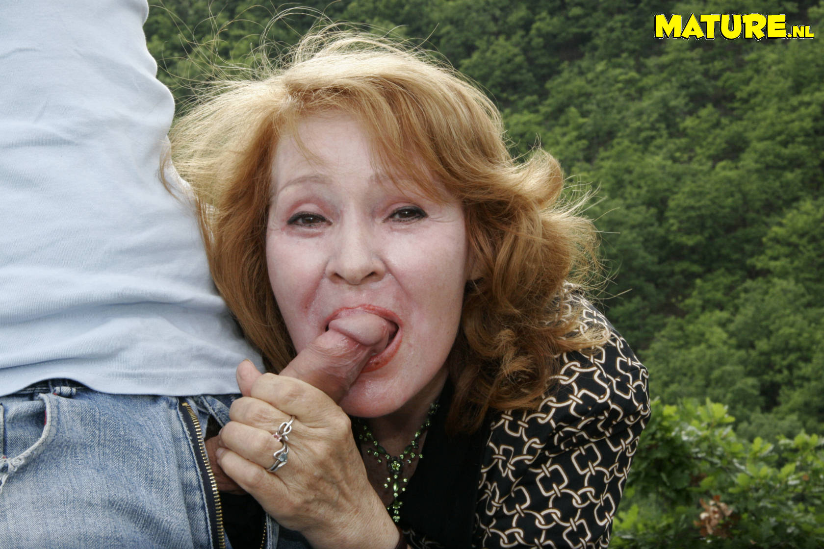 Fat french mature gets weird anal insertions 7