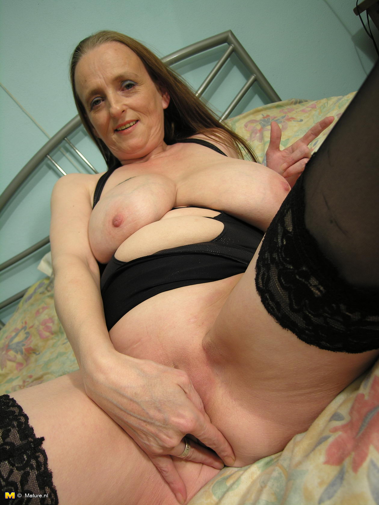 Mature in a long run with stockings anal amp dp full scene 2