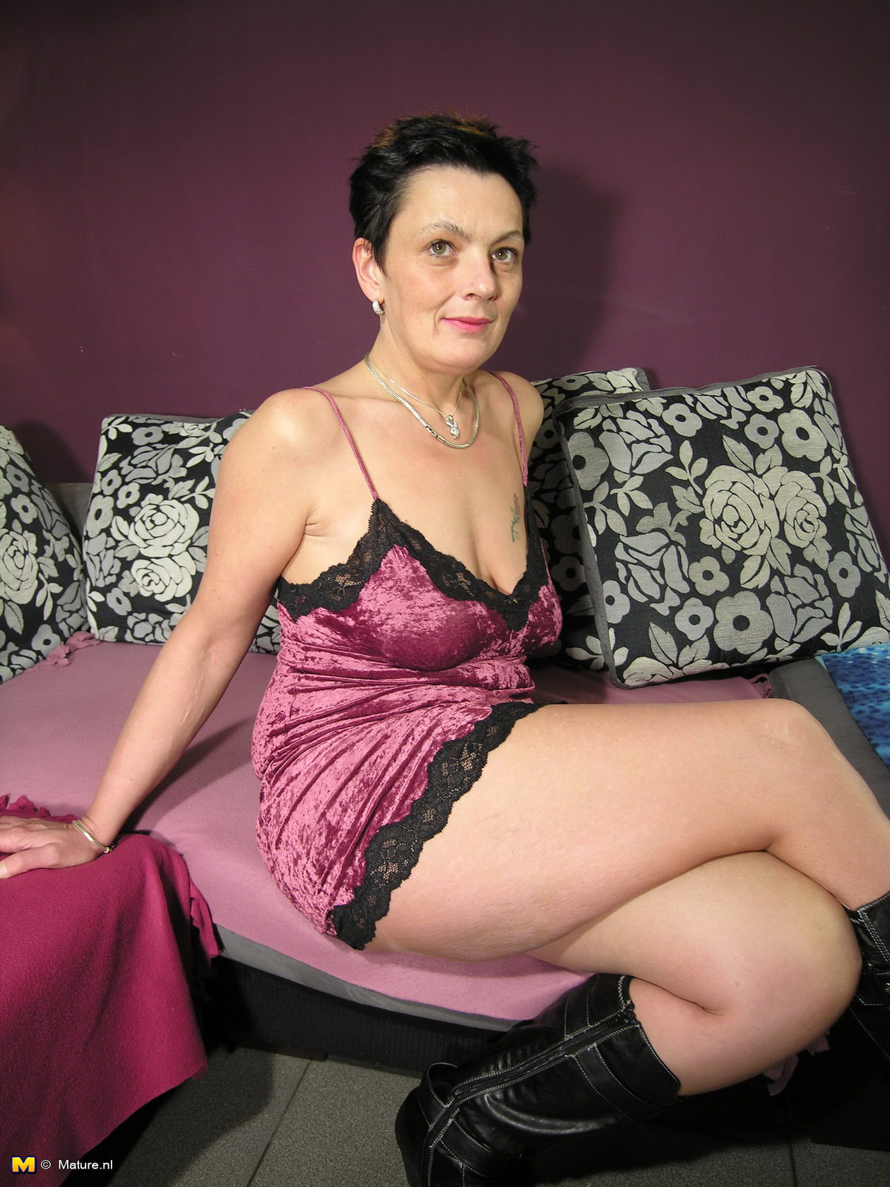 lonly housewife