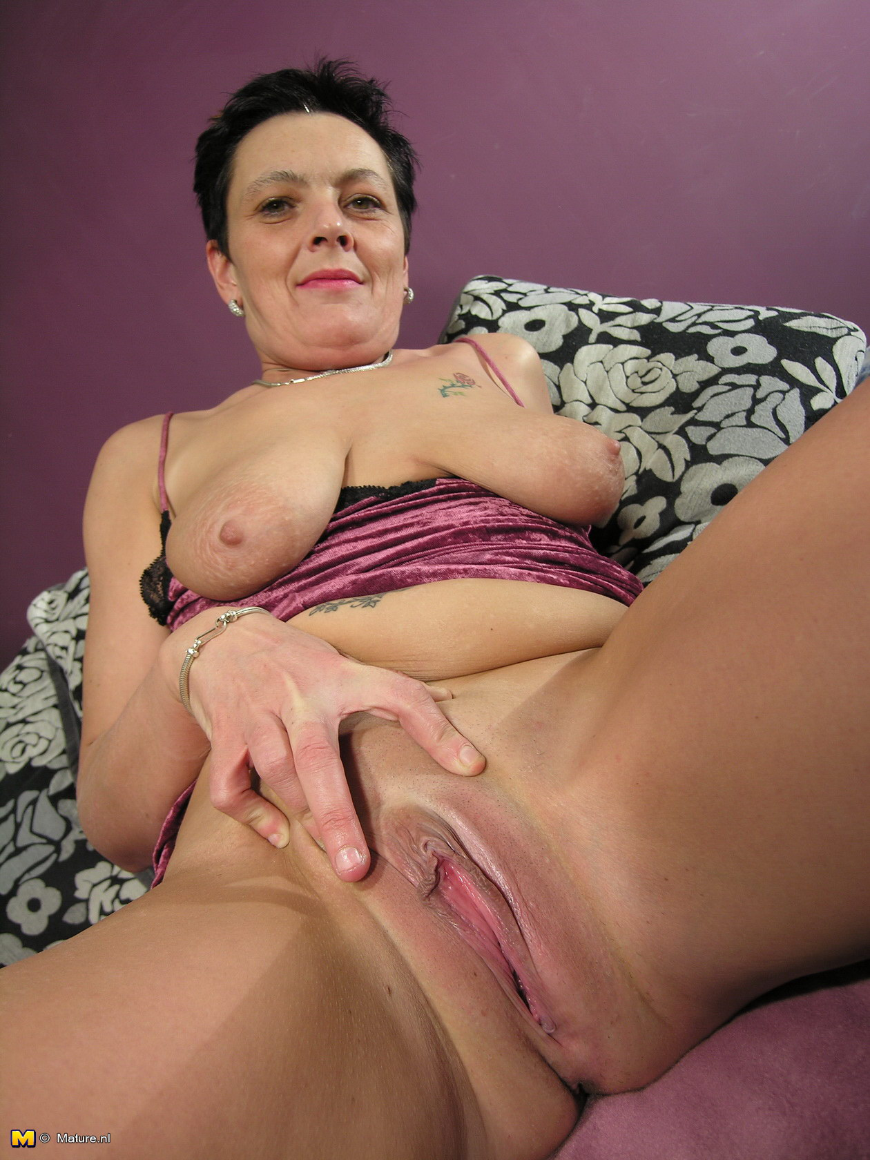 Nasty sexy mature woman tube