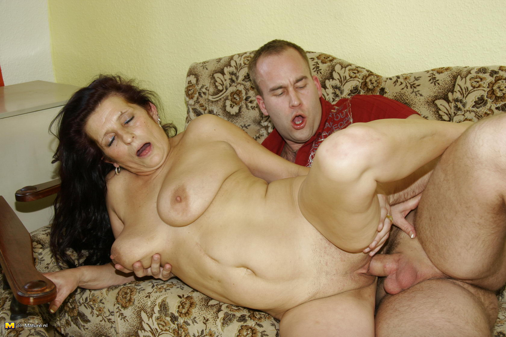 Old black women getting fucked