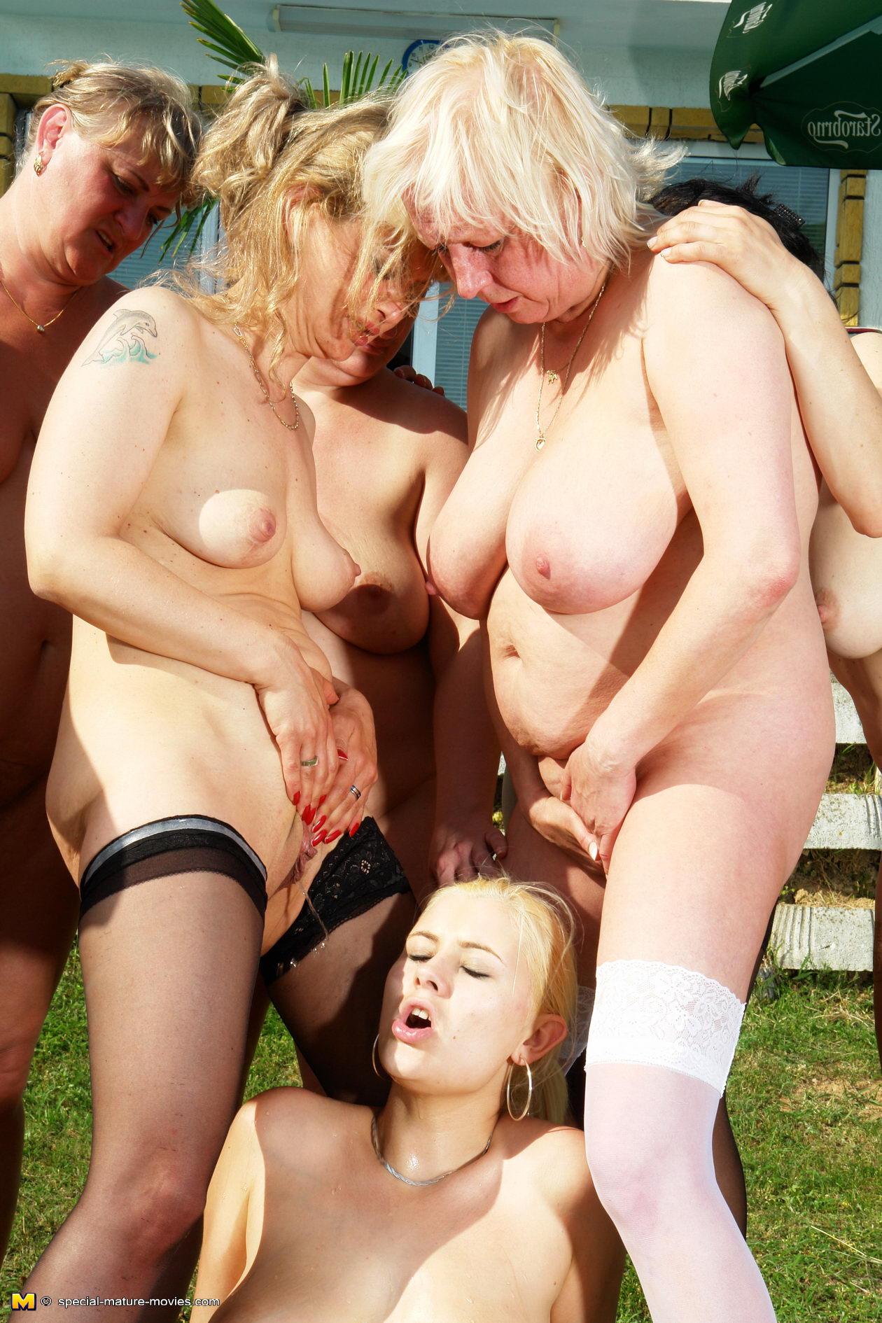 Big daddy howard spank