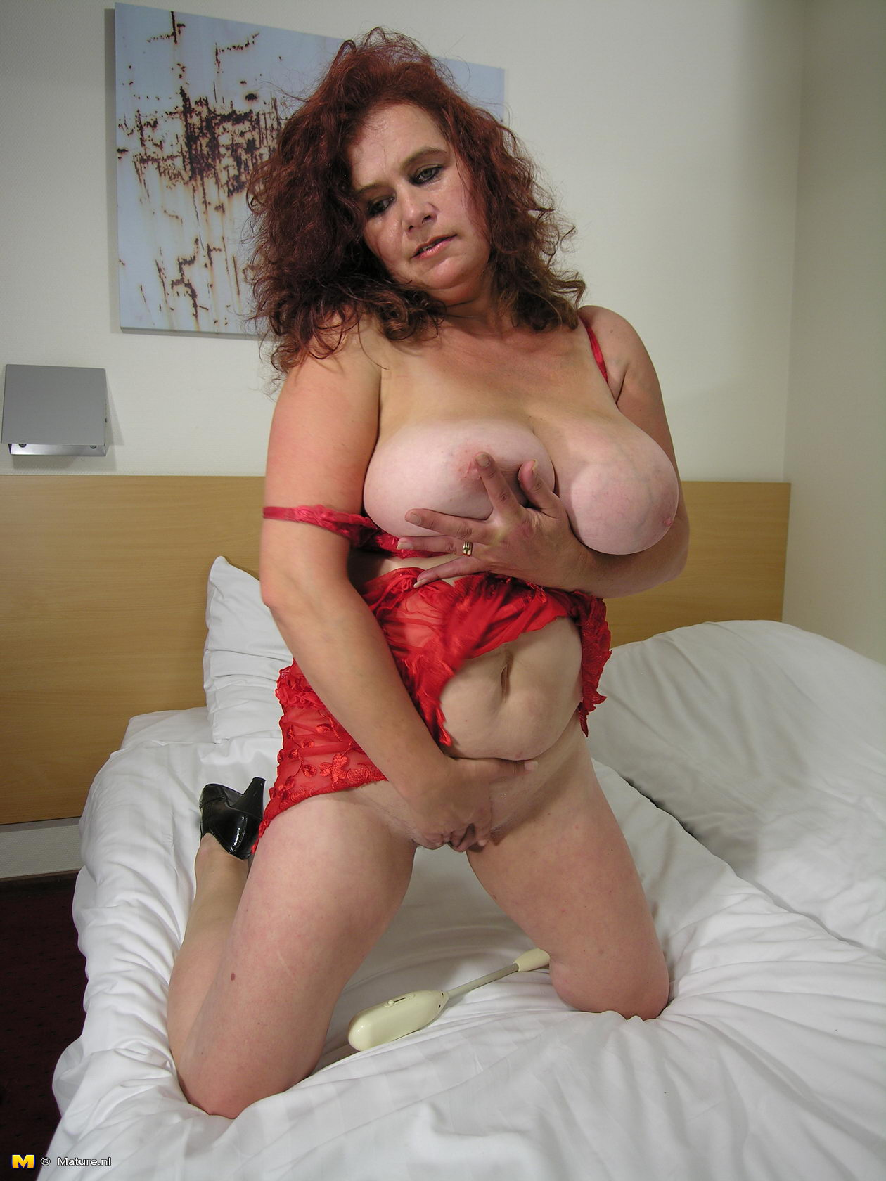 free mature porn thumb Free mature, MILF and wife porn @ Golden Moms.