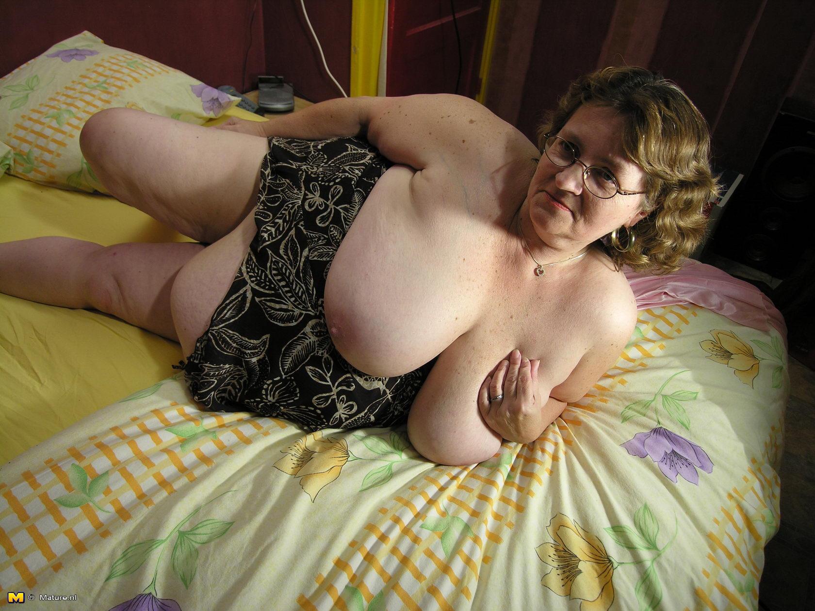 Старые женщины большие сиськи 22 фотография