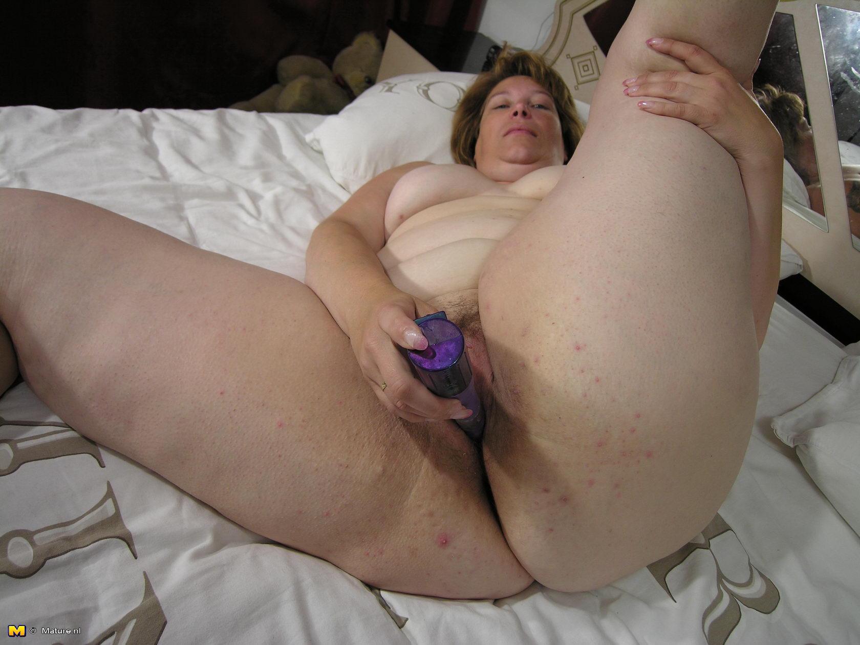 naked girls fingering gifs