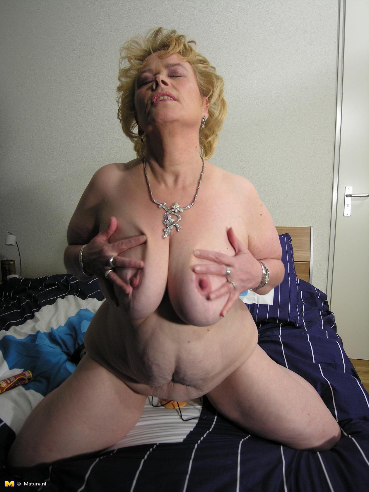 anne mature nipples xxx