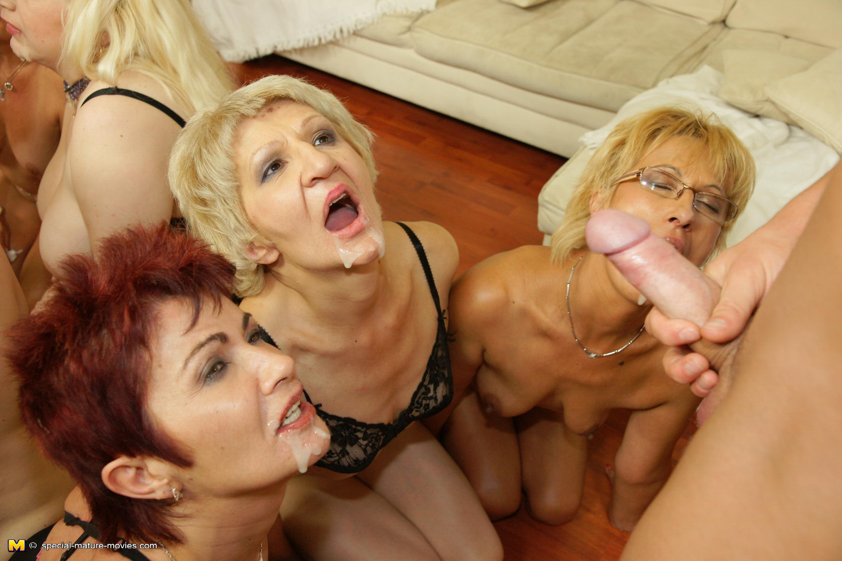 Sex porn mature women the