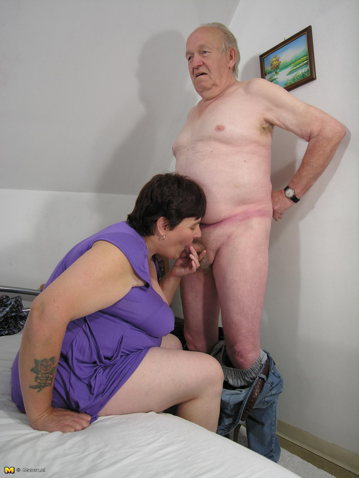 SUSAN: Big mama nue mature