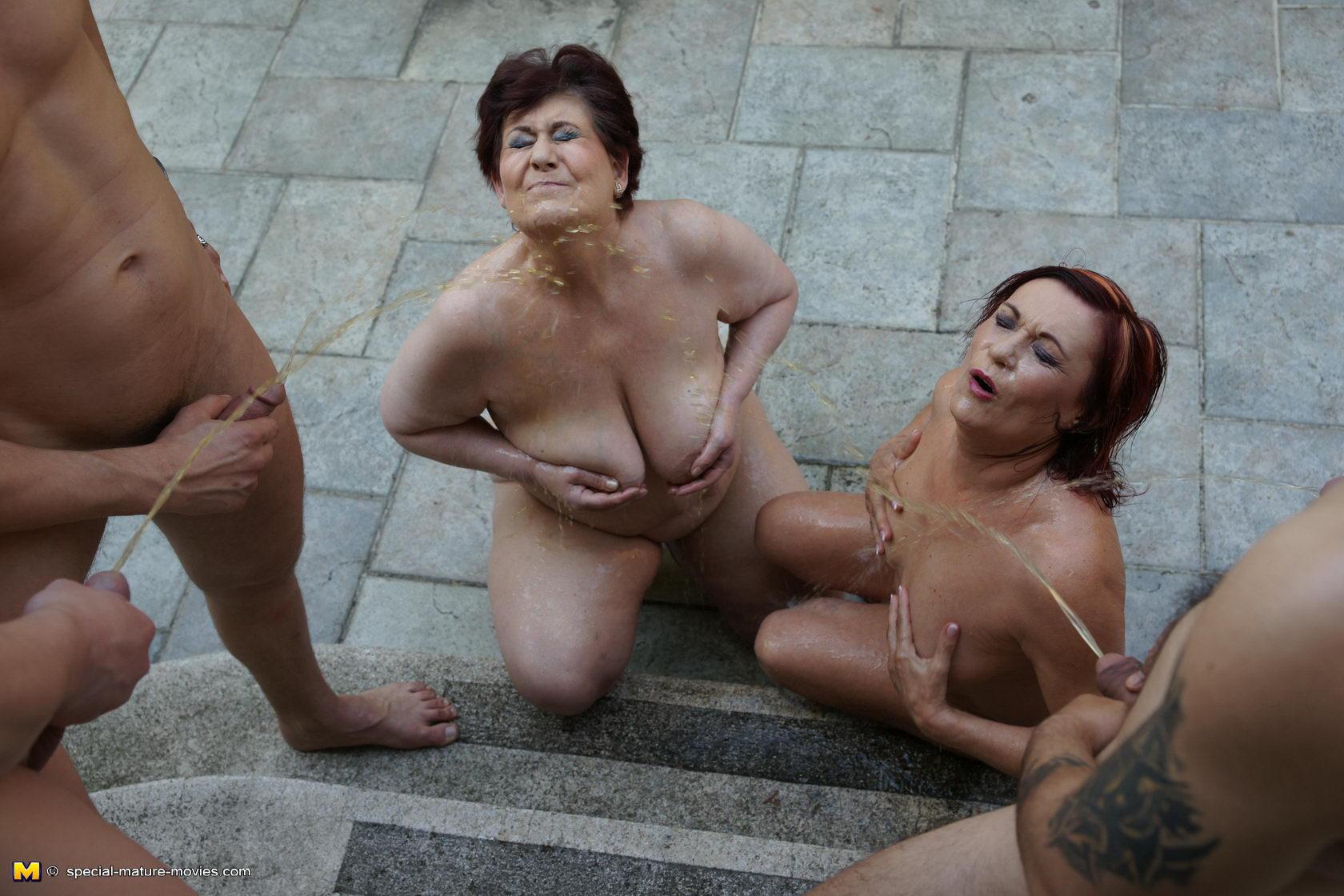 Фото групповух бабушек 1 фотография