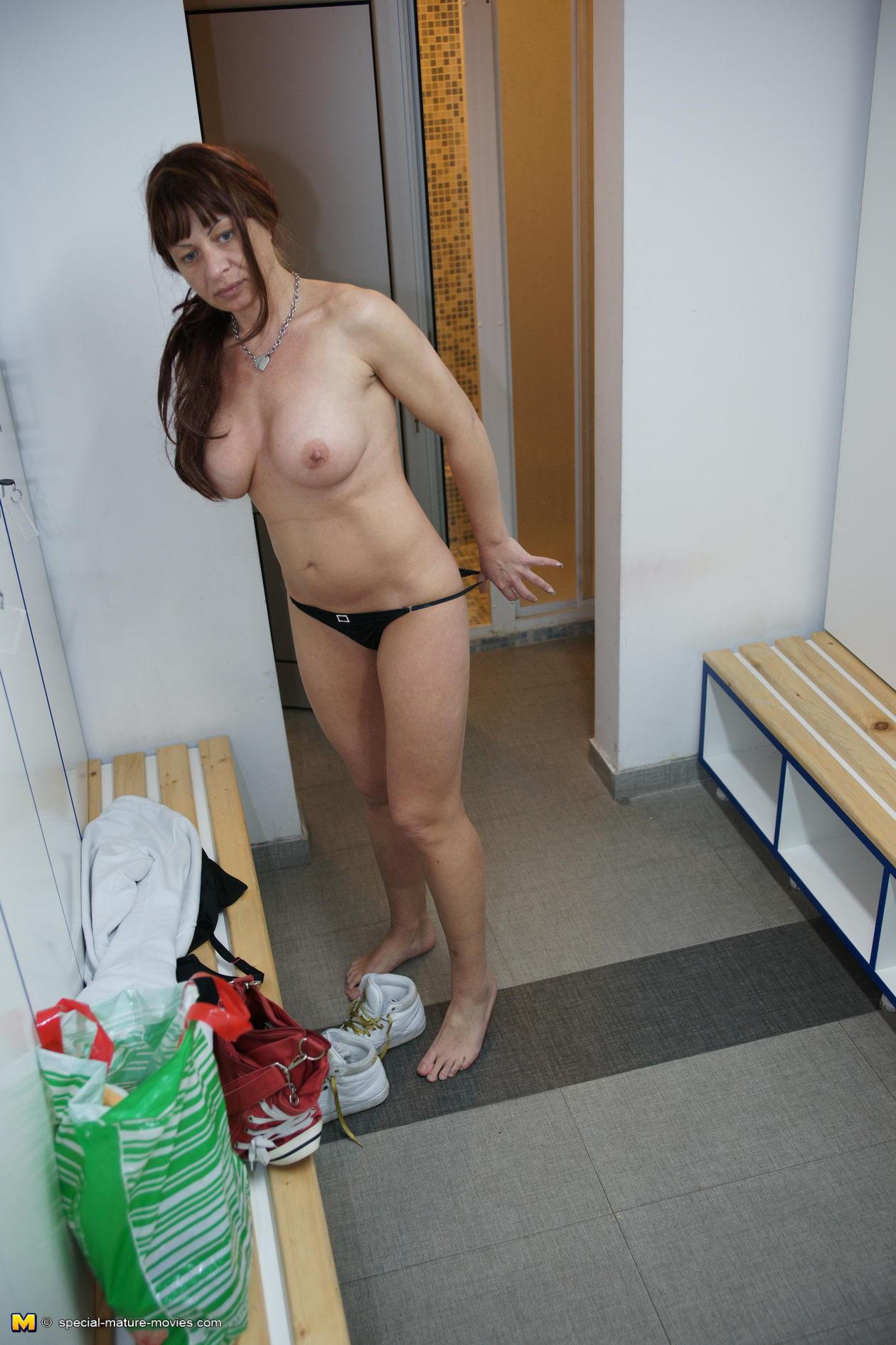 female mature:
