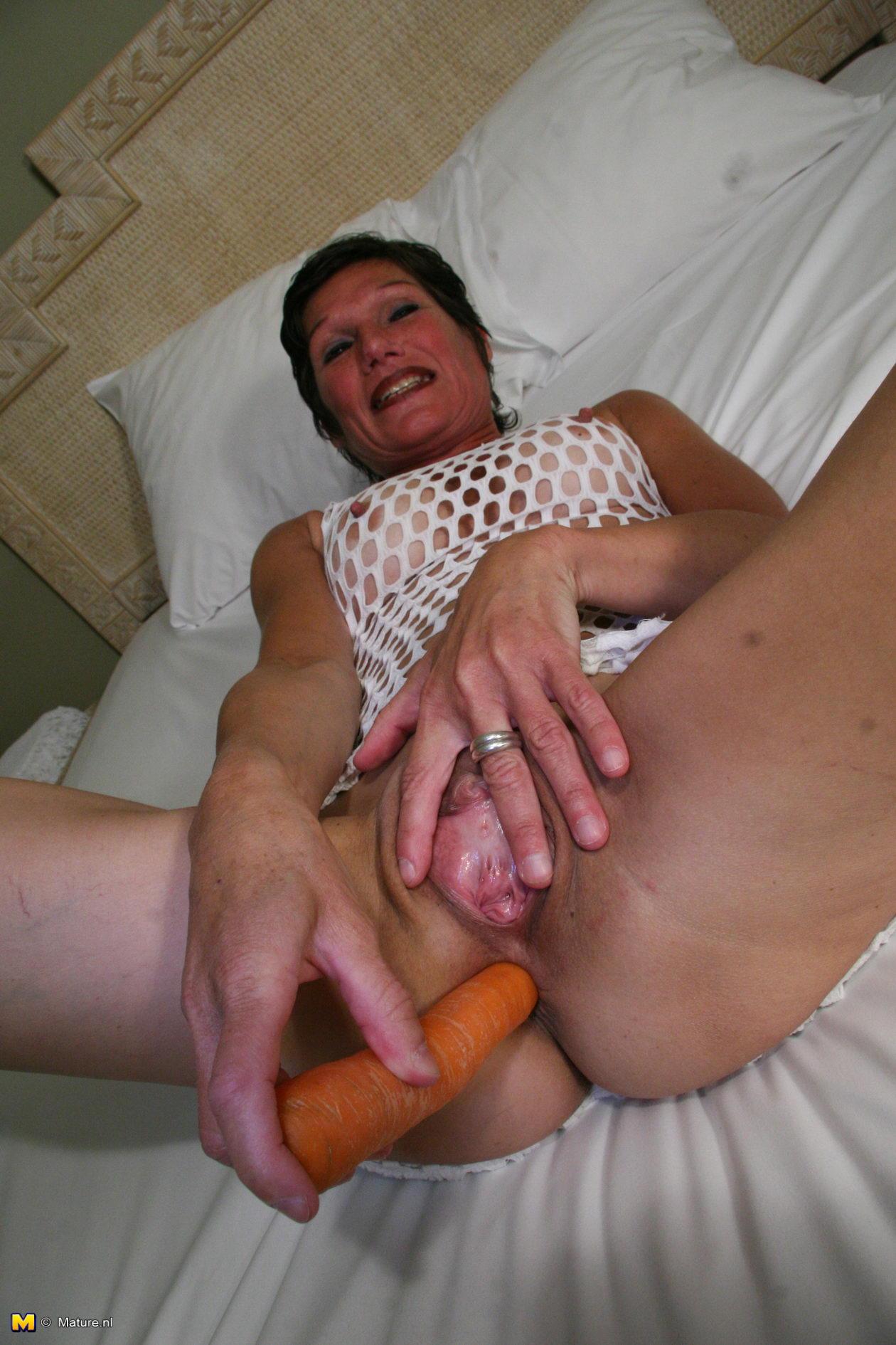 Kinky spa mature slut
