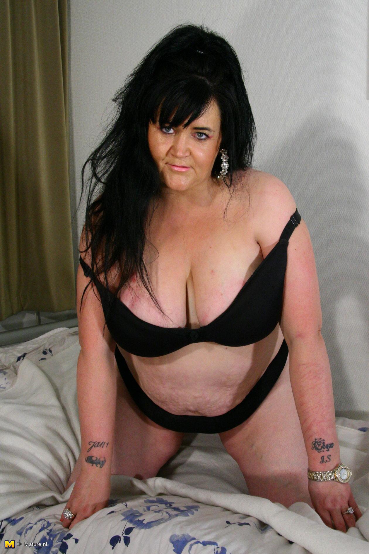Big tits playing on webcam 2 7