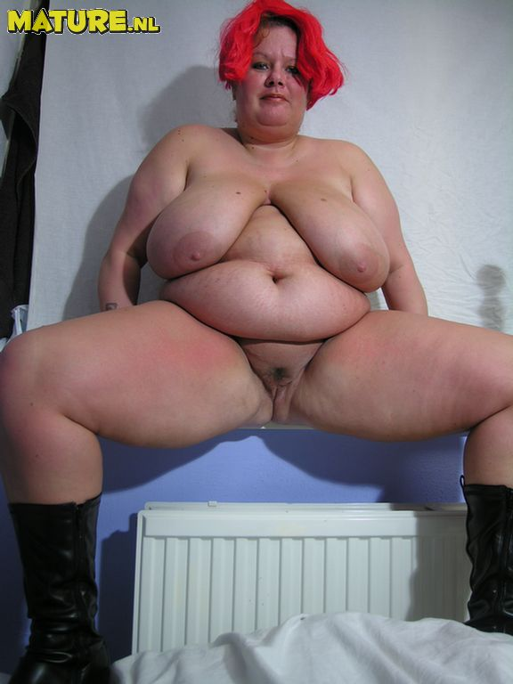 Chubby mature picture pussy for the