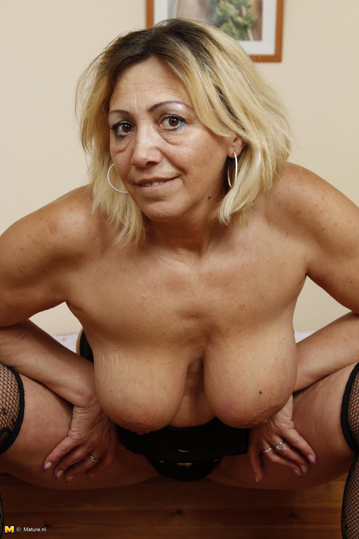 70 old german granny full naked with small tits 7