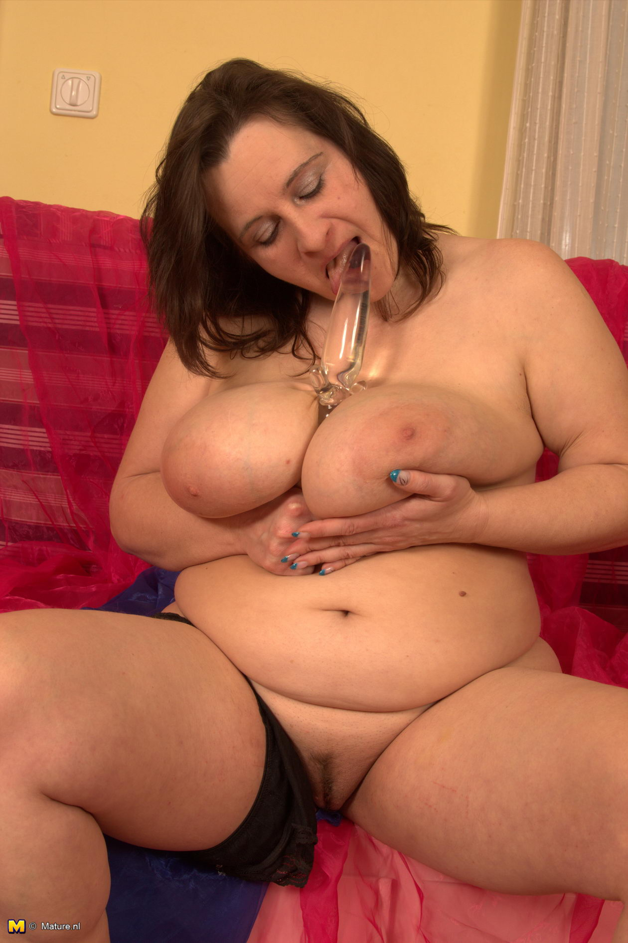 Big breasted mature slut playing 4